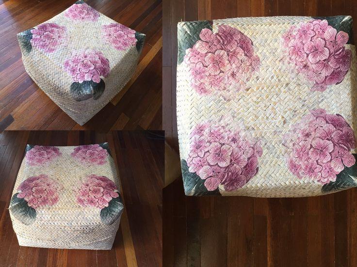 Keben bunga decoupage white wash (28 x 28 cm)