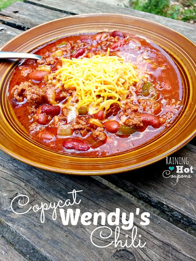 Copycat Wendy�s Chili in the Crockpot Recipe I have to make this for my Dad. He LOVES Wendy's Chili