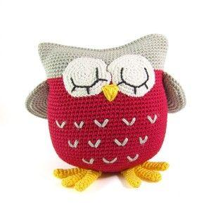 Owl pillow #crochet ❥Teresa Restegui http://www.pinterest.com/teretegui/❥
