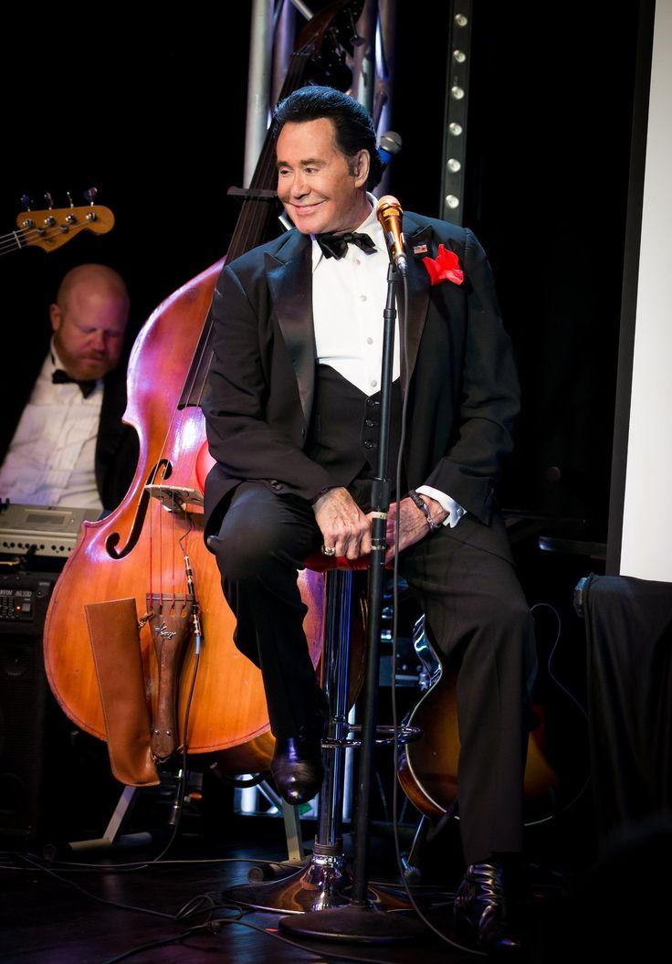 Wayne Newton Up Close & Personal in Vegas at Bally's.