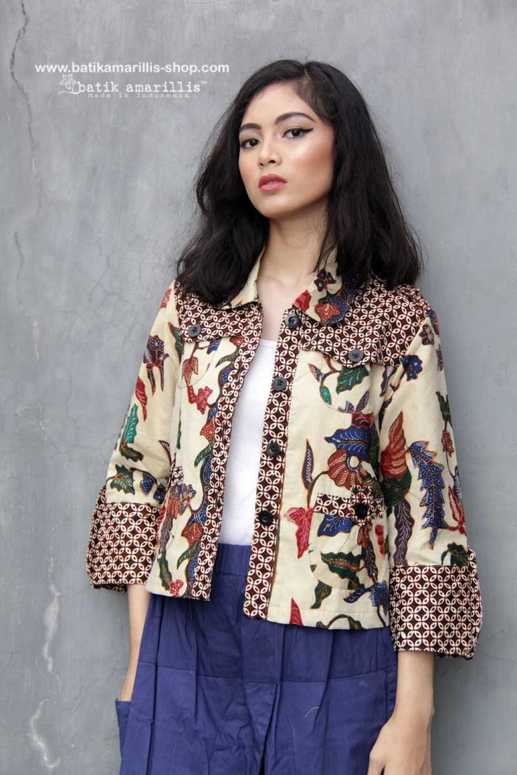 Batik Amarillis made in Indonesia www.batikamarillis-shop.com Proudly present Batik Amarillis's Traveller jacket in gorgeous Batik Sragen  tegal the jacket itself is sporty chic, safari kinda style with a twist!!!