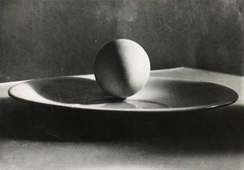 Untitled (egg on plate) by Josef Sudek, 1930
