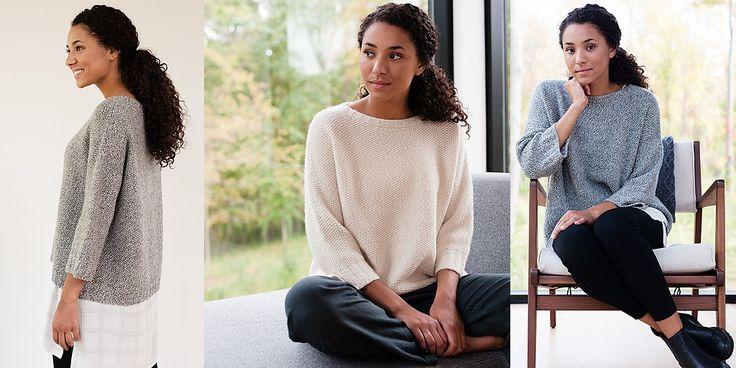 Белый пуловер оверсайз спицами жемчужным узором. Модная модель изысканного пуловера средней длины из шикарной белой пряжи с кашемиром грациозно обволакивает своей нежностью и дарит незабываемое ощущение комфорта и тепла в сочетании с невероятной легкостью.
