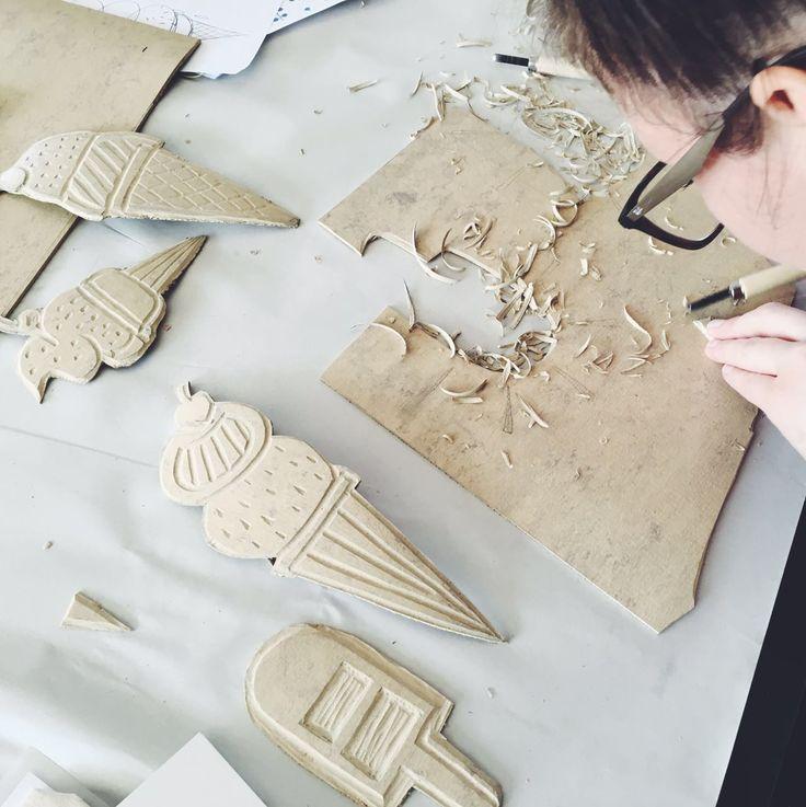 Carving blocks at the Lichen & Leaf block printing workshop!