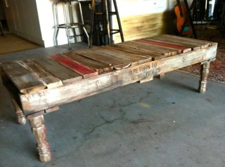 Old turned table legs on your pallet table top!