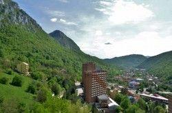 """Băile Herculane redevin stațiune SPA cu servicii de calitate europeană și prețuri românești – motoarele """"renașterii"""": hotelurile Afrodita și Diana"""