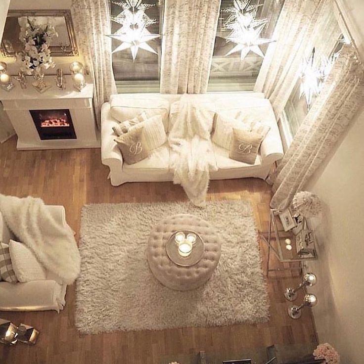 What a great room! Do you love the decor?  #livingroom #livingroomdecor #whiteinterior #ikea    https://instagram.com/p/BNeP3IuDRdj/