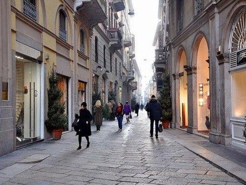 #Via #MonteNapoleone #Milano #Italy