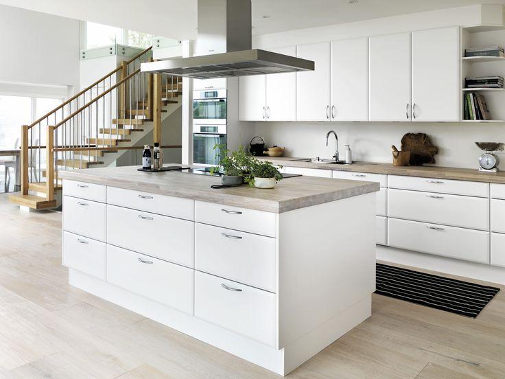 Linda og Sverre har valgt en enkel og klassisk stil i deres nye hus i Sandnes.