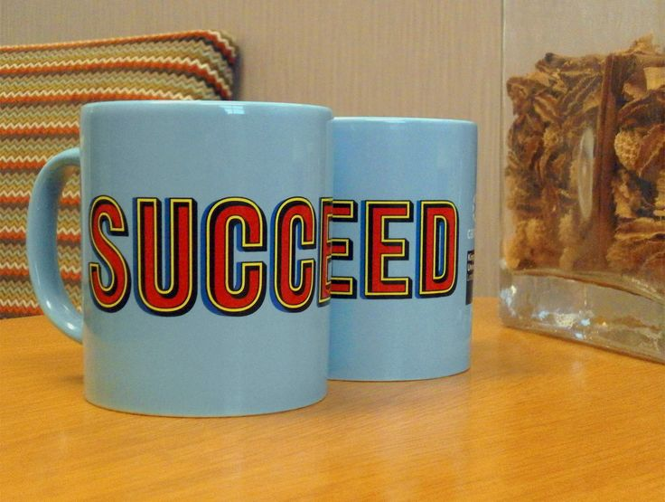 These @kingstonuni Mugs are very vibrant and look great! Show that you aren't no mug with these Succeed mugs... #promo #university #mugs #succeed