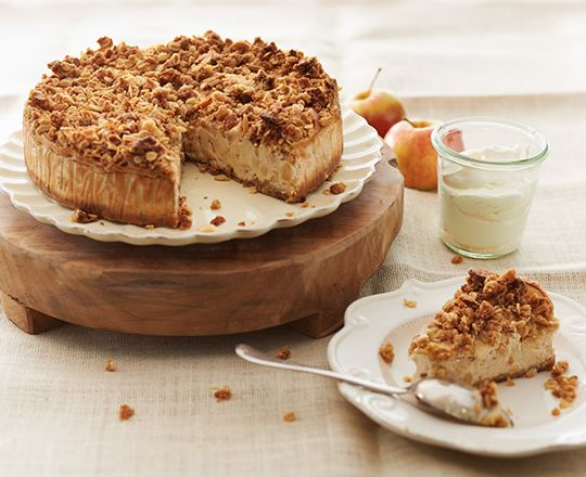 Searching for a dessert to compliment the end of the night? Then try our scrumptious apple crumble cheesecake with PHILLY cream cheese recipe.