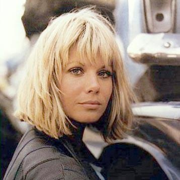 Glynis Barber as Makepeace - STILL the best choppy bob ever.