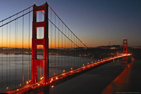Golden Gate Bridge at Dusk - San Francisco Bay http://www.voteupimages.com/golden-gate-bridge-dusk-san-francisco-bay/