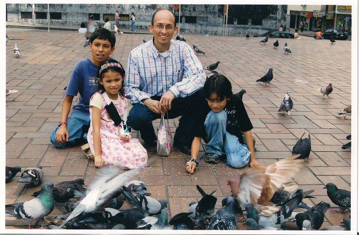 Con mis hijos Nicolas Arturo - Simón Mateo y Juanita Paz. 2007