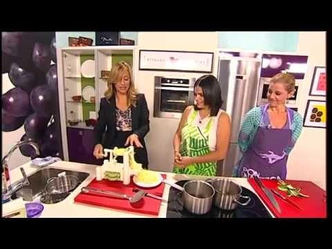 Odile Fernández nos enseña a cocinar 3 recetas sanas en TG7 - YouTube