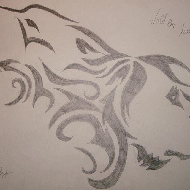 Second version of the 'Wolf & Lion' tattoo I tried. This was the gift, while the first was more of a practice for this one.   #lion #wolf #tattoo #sketch #pencil #wolfandlion #practice #secondveraion