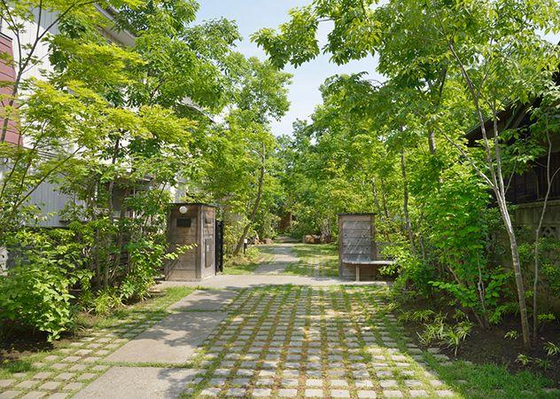 施工例1=住まいの顔――玄関アプローチ|高田造園設計事務所