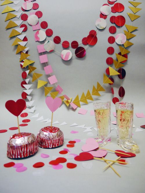 Valentine's Day is coming - perfect excuse to get decorating! Luxury handmade paper decorations