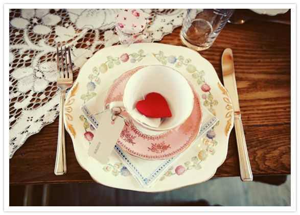 vintage floral tea cups and plates
