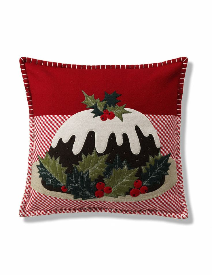 Christmas Pudding Cushion - cute idea for mug rug.  Cute for the nook banquet.