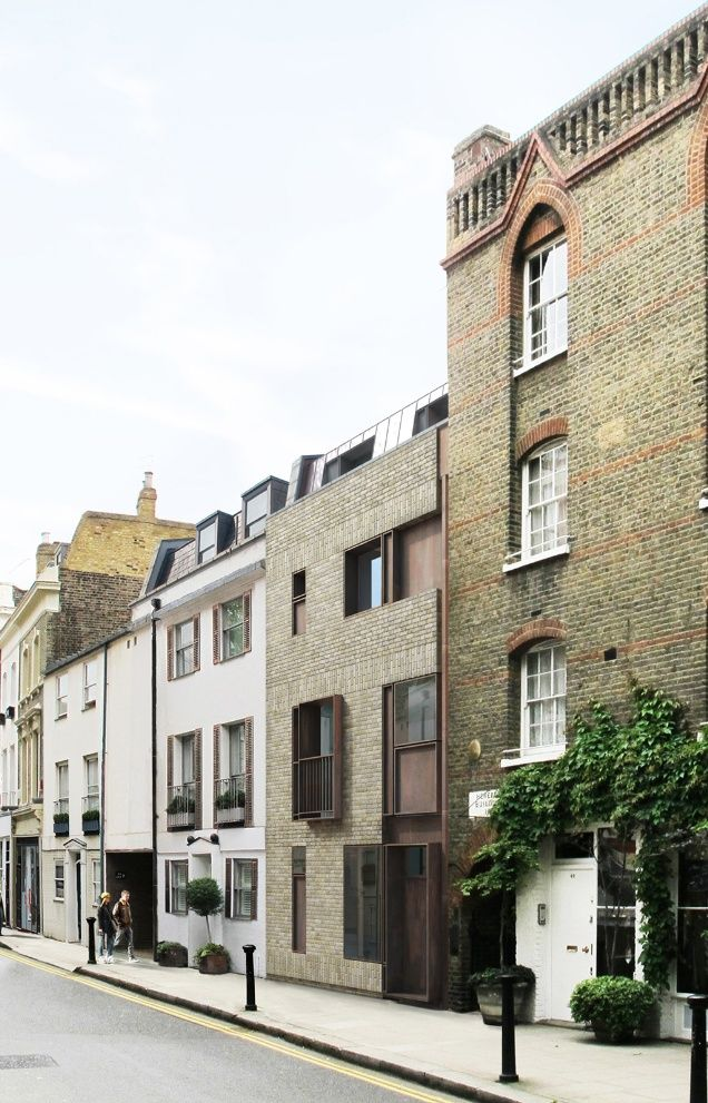 TDO Architecture's new-build townhouse in Old Church Street Chelsea. this works but it has excellent neighbours to keep him in check