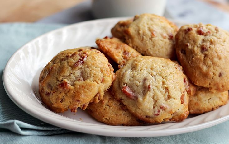 Culy Homemade: sweet & savory scones with crispy bacon, buttermilk and maple syrup