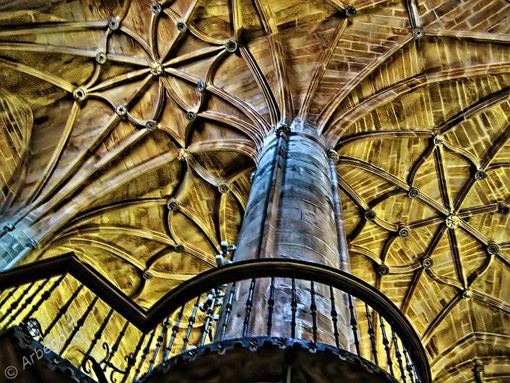Catedral de la Redonda, Logroño (La Rioja). Construcción, siglo XV, con reparaciones y ampliaciones en el XVII y XVIII. Estilo arquitectónico barroco.