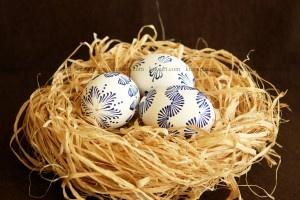 Великденски яйца- писане с восък стъпка по стъпка: Великденски Яйца, Easter 2013, По Стъпка, Easter Eggs, Восък Стъпка, Стъпка По, Diy Projects