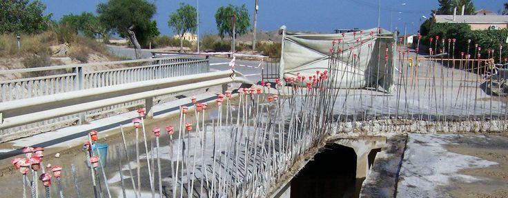 Sustitución de vigas en #puente sobre la Variante de Vera (Almería) #hidrodemolición