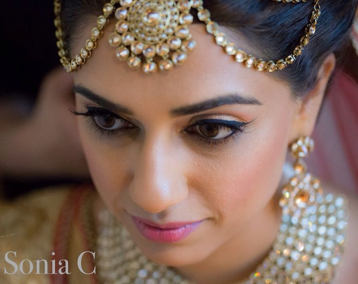 Bridal makeup and styling, #indianbride, #indianwedding, #bridalmakeup, #dulhan, #soniacmakeup, makeup by Sonia c, Indian bridal makeup, Pakistani bridal makeup