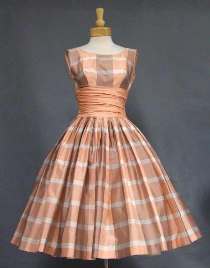 Vintage Clothing, Costume Jewelry, Fashion Accessories VINTAGEOUS.COM