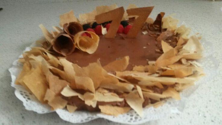Tarta para la yaya  Hojaldre con tres chocolates