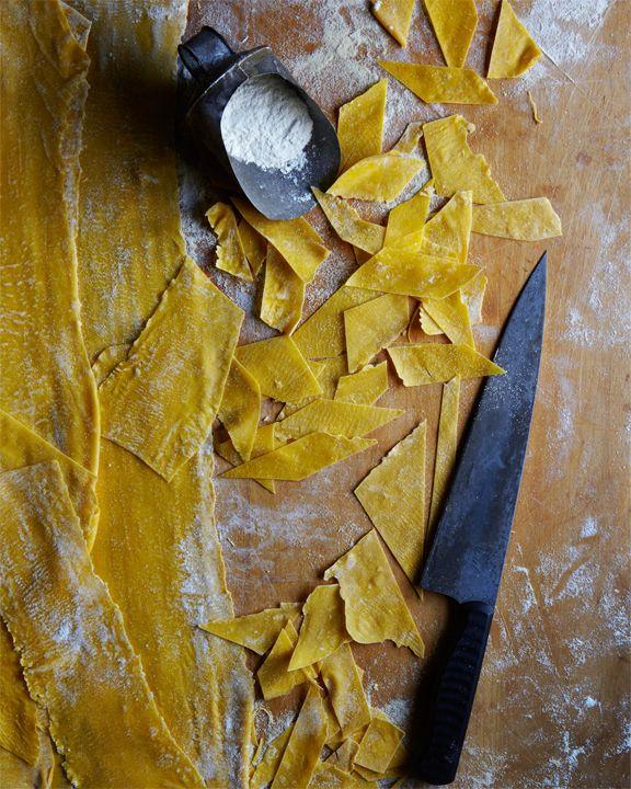 Maltagliati or (badly cut pasta in italian) i want this photo in my kitchen!