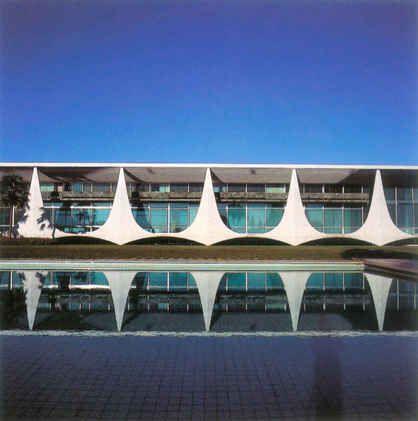Oscar Niemeyer - Brasilia