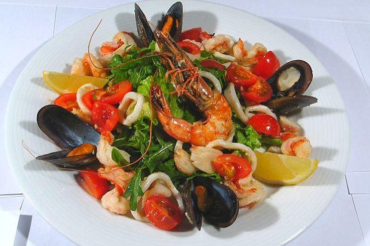 Салат с морепродуктами пошаговый рецепт