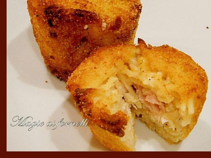 Timballetti fritti di pasta alla besciamella