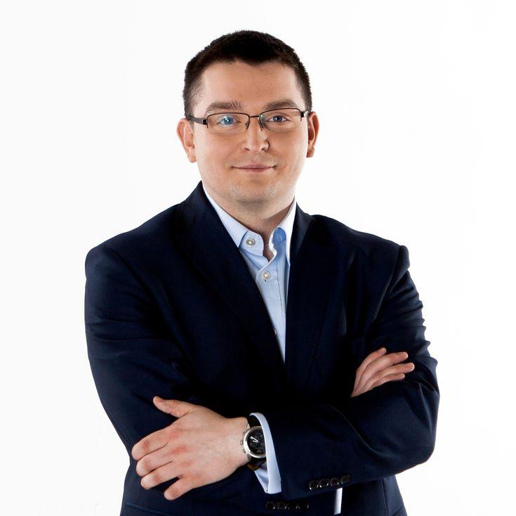 Łukasz Dekier- Partner w firmie ASD Consulting zajmującej się optymalizacją procesów. Łukasz Dekier jest również autorem artykułów recenzowanych, w których opisuje narzędzia oraz metody optymalizacji procesów. Prelegent konferencji w Polsce i za granicą.