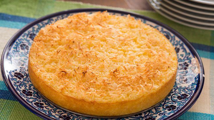 Bolo de Tapioca Yoki- Ingredientes  1 1/2 xícara (chá) de tapioca granulada 1 1/2 xícara (chá) de leite quente 200 ml de leite de coco 2 xícaras (chá) de farinha de trigo 100 gr de coco ralado desidratado ou coco fresco 1 colher (sopa) de fermento em pó 4 ovos 1 xícara (chá) de açúcar 5 colheres (sopa) de margarina