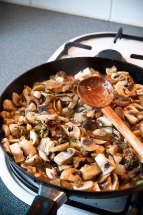 Vegan Garlic Mushrooms