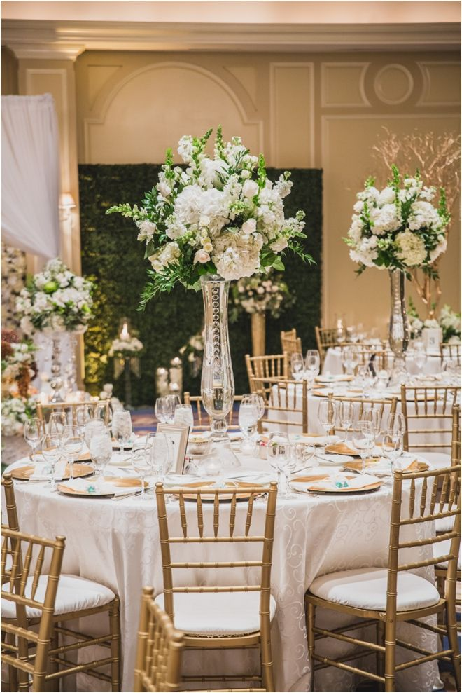 White, Gold & Green Wedding Ideas | Elegant Wedding Inspiration | Tall Wedding Centerpieces | Photo: Steve Lee Photography | Flowers & Decor: Dream Bouquet | Venue: The Houstonian Hotel, Club & SPa