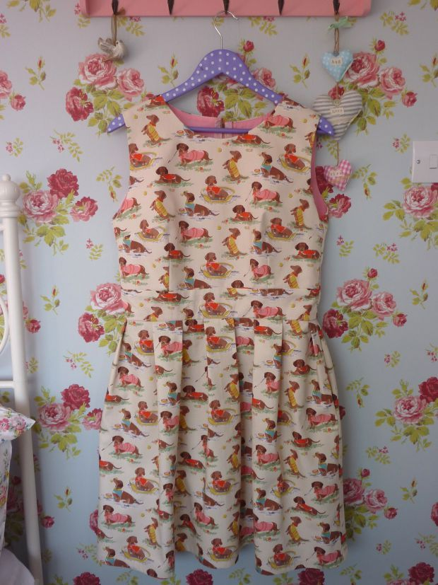 Handmade Cath Kidston sausage dog print dress using Gather Mortmain dress pattern