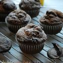 http://thedomesticrebel.com/2012/08/27/double-chocolate-fudge-oreo-mocha-muffins-an-oreo-giveaway/