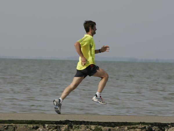 Perfectionner sa foulée grâce à 7 points clés / Articles / entraînement / Jogging International - course à pied, courir, marathon