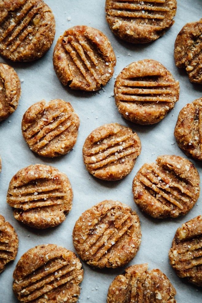 This Rawsome Vegan Life: SALTED ALMOND BUTTER COOKIES
