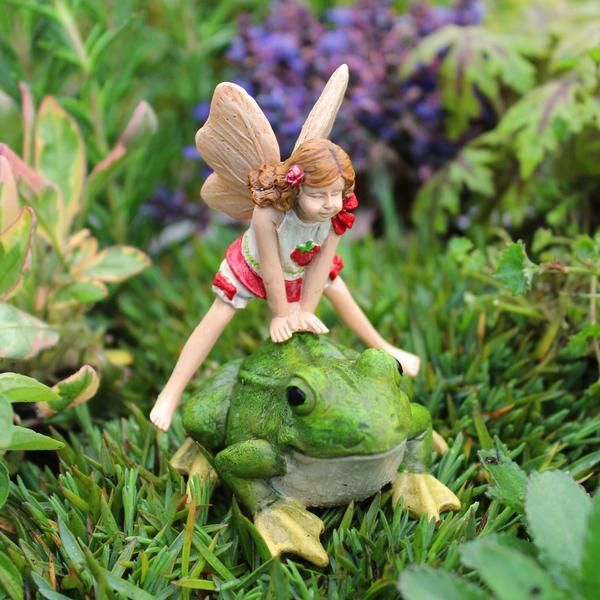 Absolutely Charming, This Delightful Lori Leap Frog Miniature Fairy Figurine  Is A 2 Piece Set. Lori Leaps Over A Cute Little Green Frog!