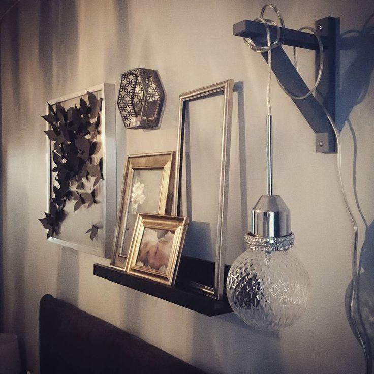 """@asuntokk43 Instagramissa: """"Mitäköhän taas tapahtuukaan asunnossa kk43? #bedroom #bedroomwall #inspiraatioiski #decor #lamp…"""""""