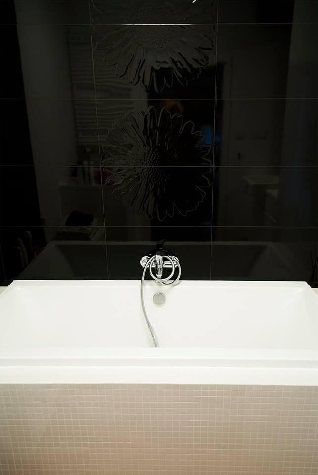 black & white bath