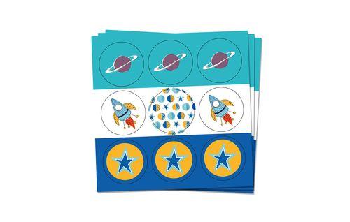 Adesivi diametro 3 cm - stickers  conf. 54 pz chiudibusta, tag Star boy party, festa, stelle, pianeti  www.mago-party.com
