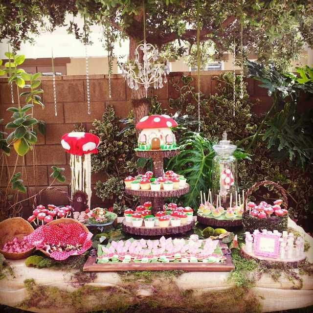 Woodland Fairy & Toadstool Party-Sweets Table. absolutely enchanting!