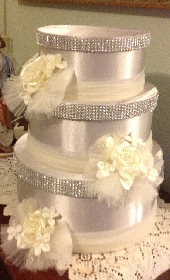 Wedding card box by Thatssolovely on Etsy, $75.00